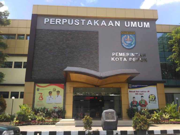 Perpustakaan Umum Close Access